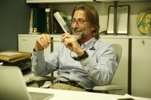 Kan ve kök hücreden yapay deri üreten bilim adamımız: Prof. Dr. Ercüment Ovalı